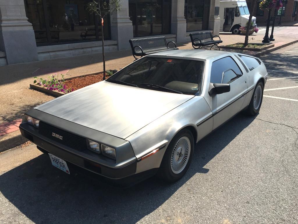DeLorean3